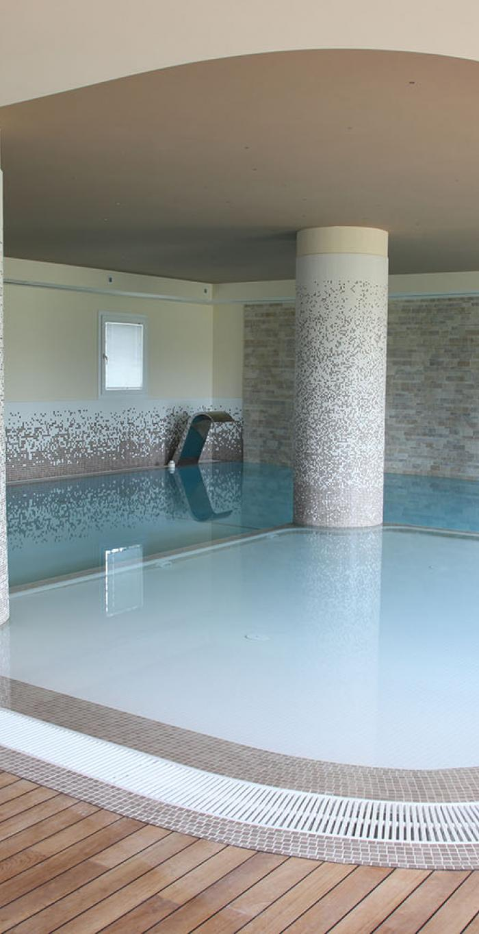 tiles coatings for private houses the swimming pool from Padua, Italy.